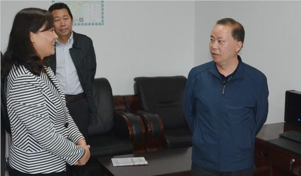 市工商联主席巩玉保赴甘谷县工商联检查指导工作